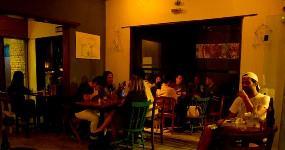Garrafas Bar