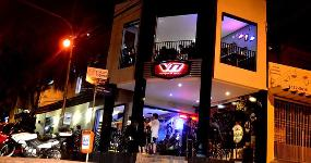 V8 Burger & Beer