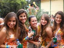 Balada: Fotos do Bloco de Carnaval Ourô Pirô com a presença de GAIOLA DAS POPOZUDAS, MANIA DE TOALHA e BALATUCADA em Ouro Preto / MG